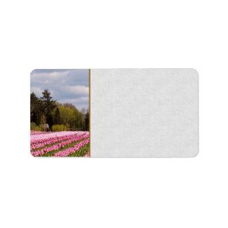 Campo rosado del tulipán etiqueta de dirección