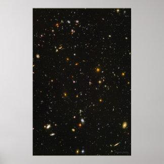 Campo ultra profundo 20x30 (20x30) de Hubble Poster