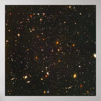 Campo ultra profundo 24x24 (22x22) de Hubble Póster