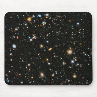 Campo ultra profundo de Hubble Alfombrillas De Ratón