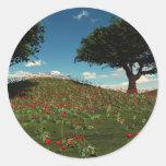 Campos de la amapola de la primavera pegatina redonda