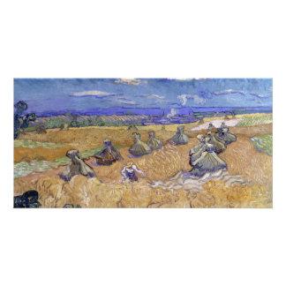 Campos de trigo con el segador de Vincent van Gogh Tarjetas Fotográficas Personalizadas