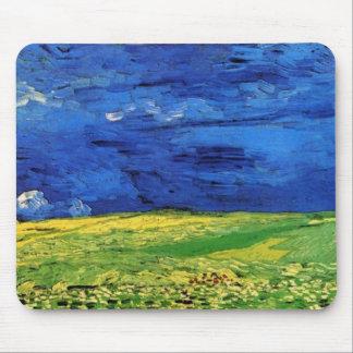 Campos de trigo debajo del cielo nublado Van Gogh Tapetes De Ratones