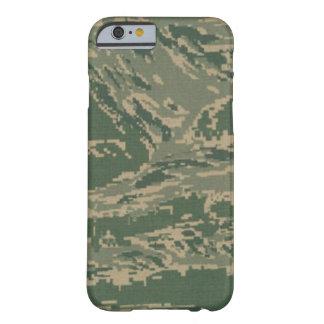 Camuflaje Barely There de la fuerza aérea Funda Para iPhone 6 Barely There