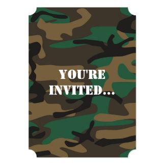 """Camuflaje militar verde de Brown Camo Invitación 5"""" X 7"""""""