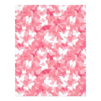 Camuflaje rosado de la mariposa plantilla de membrete
