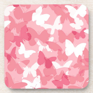 Camuflaje rosado de la mariposa posavasos de bebidas