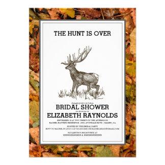Camufle la caza está sobre ducha nupcial invita