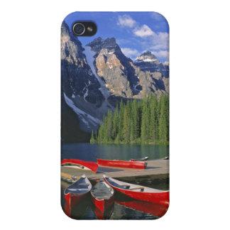 Canadá, Alberta, lago moraine. Las canoas rojas iPhone 4/4S Funda