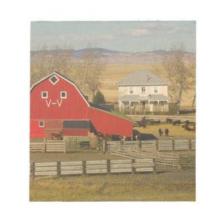 Canada, Alberta, Pincher Creek: Red Barn & Ranch Memo Note Pad