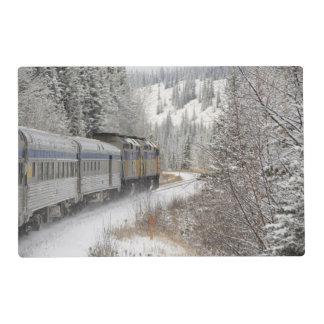 Canadá, Alberta. VÍA el tren de la nieve del Tapete Individual