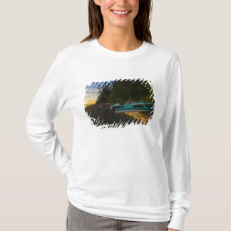 Canada, British Columbia, Vancouver Island, 2 T-Shirt
