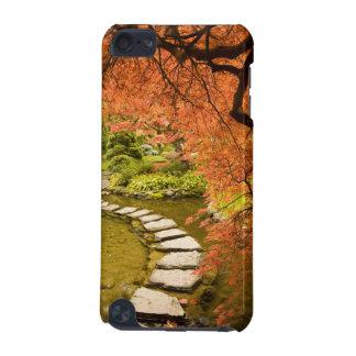 CANADA, British Columbia, Victoria. Autumn iPod Touch 5G Cover
