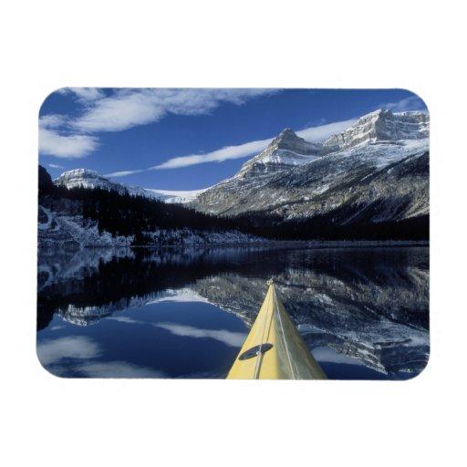 Canadá, Columbia Británica, Banff. Arco del kajak  Imán Rectangular