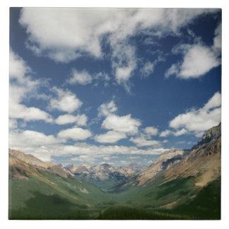 Canadá, Columbia Británica, Yoho NP. Nubes hinchad Teja Cerámica