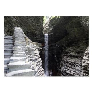 Cañada elevada de Watkins de la cascada Tarjetas De Negocios