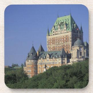 Canadá, la ciudad de Quebec.  Castillo francés Fro Posavasos De Bebidas