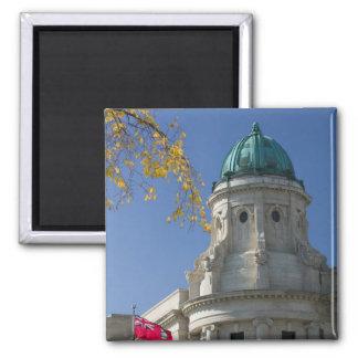 CANADA, Manitoba, Winnipeg: The Law Courts, 2 Inch Square Magnet