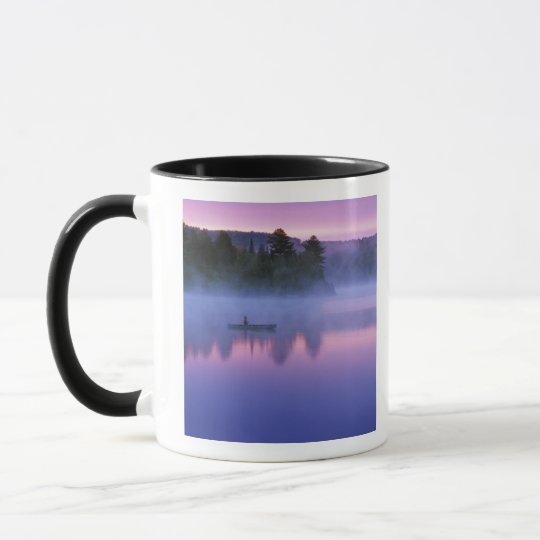 Canada, Ontario, Algonguin Park, Canoeist on Mug