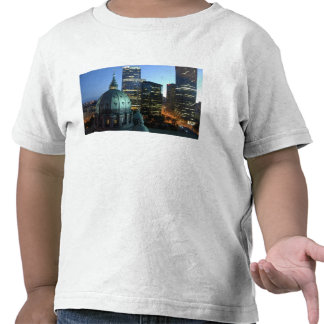 Canada, Quebec, Montreal. Downtown Montreal, T-shirt