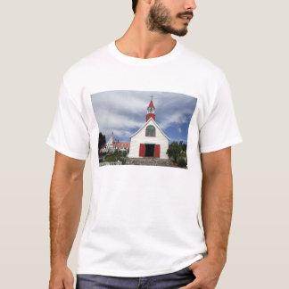 Canada,  Quebec,  Tadoussac. Petite Chapelle, T-Shirt