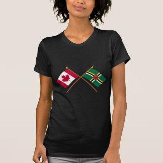 Canadá y banderas cruzadas Dominica Camiseta