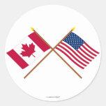 Canadá y banderas cruzadas Estados Unidos Pegatinas Redondas