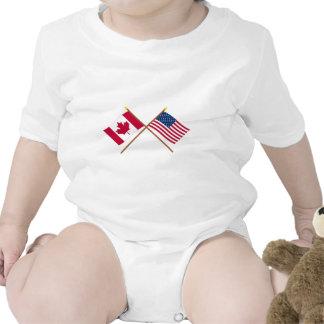 Canadá y banderas cruzadas Estados Unidos Traje De Bebé