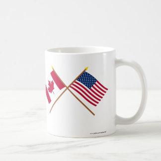 Canadá y banderas cruzadas Estados Unidos Tazas