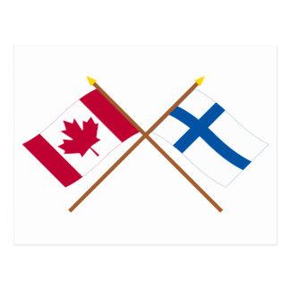 Canadá y banderas cruzadas Finlandia Tarjeta Postal