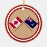 Canadá y banderas cruzadas Islas Caimán Ornamento Para Arbol De Navidad