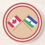 Canadá y banderas cruzadas Lesotho Posavasos Diseño