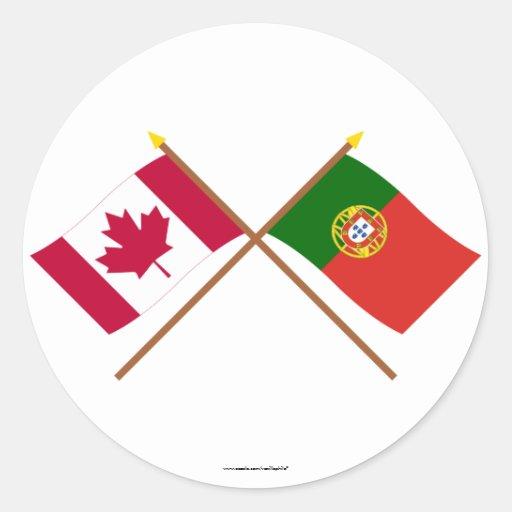 Canadá y banderas cruzadas Portugal Pegatina Redonda