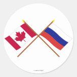 Canadá y banderas cruzadas Rusia Pegatina Redonda