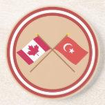 Canadá y banderas cruzadas Turquía Posavasos Diseño