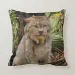 Canadian Lynx 4194e Pillows