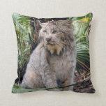 Canadian Lynx 4197e Pillow