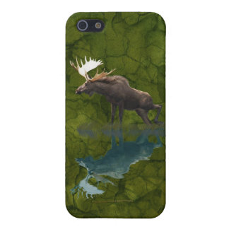 Canadian Moose on Green BG Wildlife Animal Case For iPhone SE/5/5s