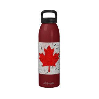 Canadian Red Maple Leaf CANADA Peeling Paint Print Drinking Bottle
