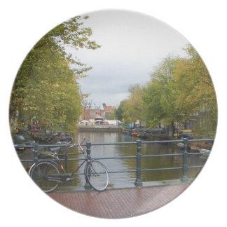 Canal de Amsterdam Platos