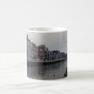 Canal de Leidse Rijn, Utrecht Tazas De Café