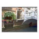 Canal de Venecia y caja de la flor Felicitacion