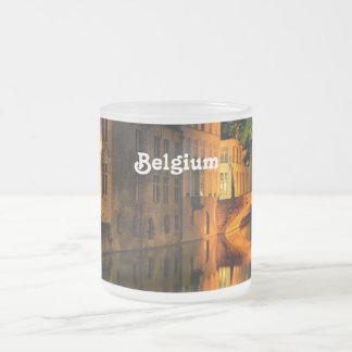 Canal en Bélgica Tazas De Café