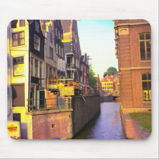 Canals in old Amsterdam Mouse Pad