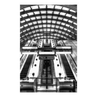 canary wharf tube station stationery
