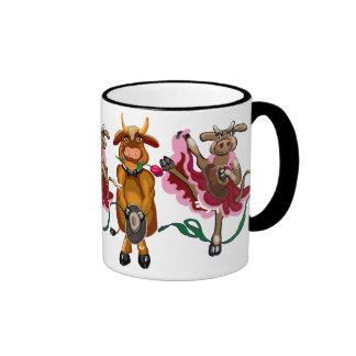 Cancan de la vaca y toro feliz taza de dos colores