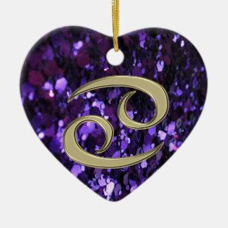 Cáncer de la muestra del zodiaco del oro en el orn ornamento para arbol de navidad