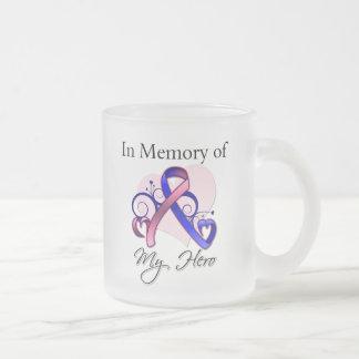 Cáncer de pecho masculino en memoria de mi héroe tazas