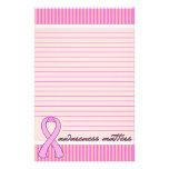 Cáncer de pecho rosado de la cinta alineado papelería de diseño