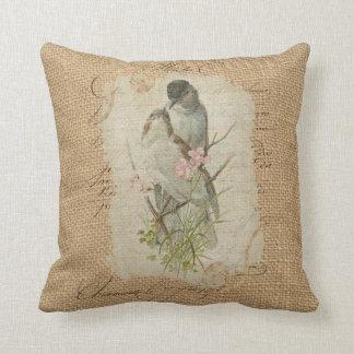 Canción de amor francesa de los pájaros del amor cojín decorativo